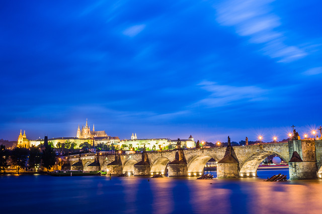 architecture-travel-city-water-river picture material