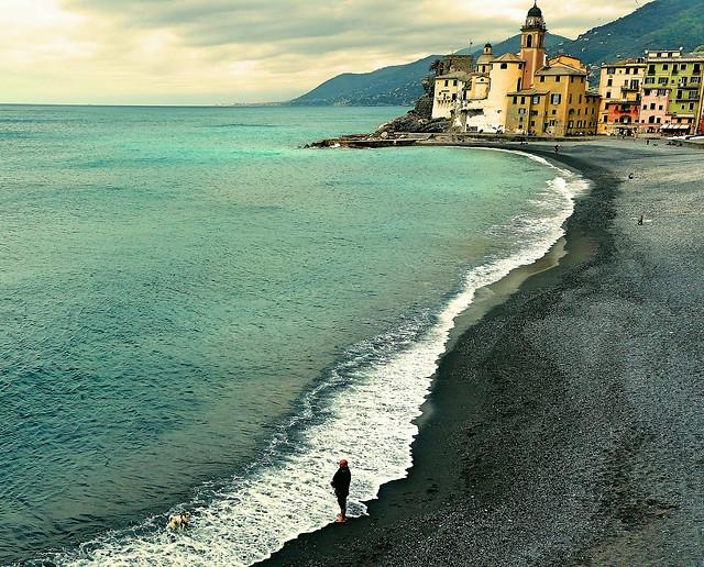 town-body-of-water-coast-sky-sea 图片素材