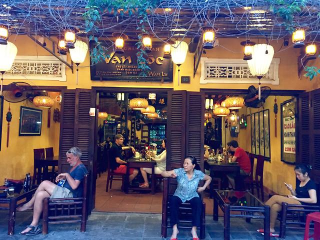 bar-people-restaurant-group-stock 图片素材