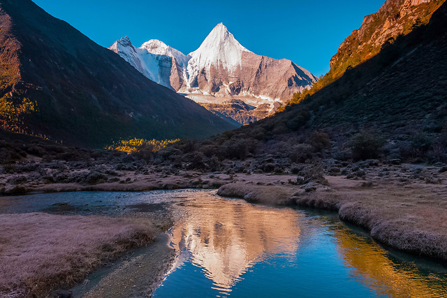 no-person-water-travel-landscape-reflection picture material