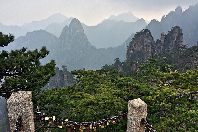 mountain-landscape-no-person-travel-architecture picture material