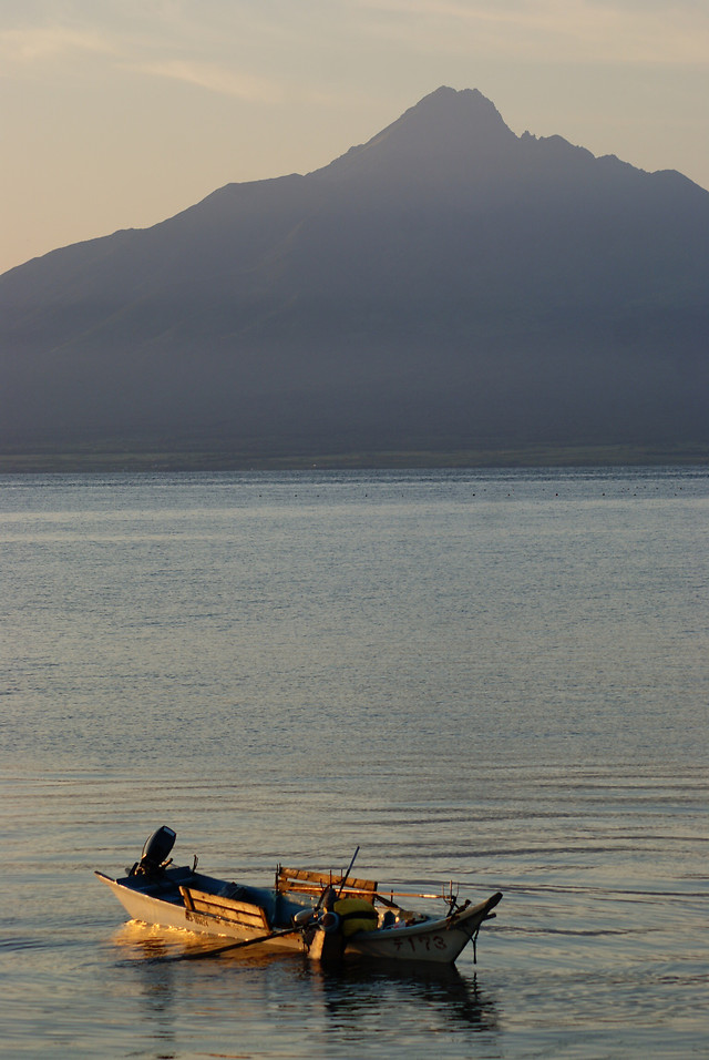 water-fisherman-watercraft-no-person-sunset picture material