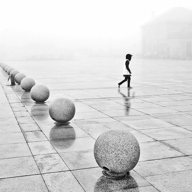 people-monochrome-balance-street-man picture material