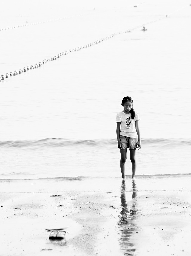 people-beach-monochrome-water-adult picture material