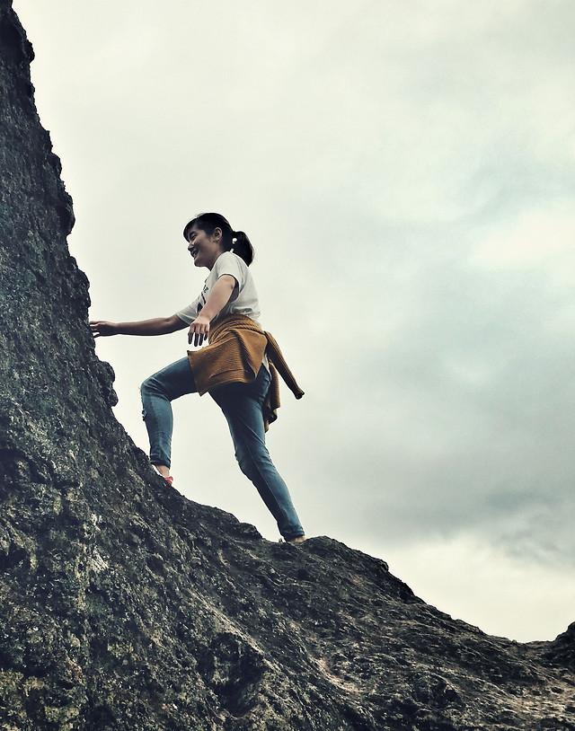 climb-climber-people-rock-climbing-woman picture material