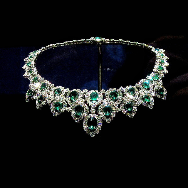 jewelry-gem-precious-necklace-luxury picture material