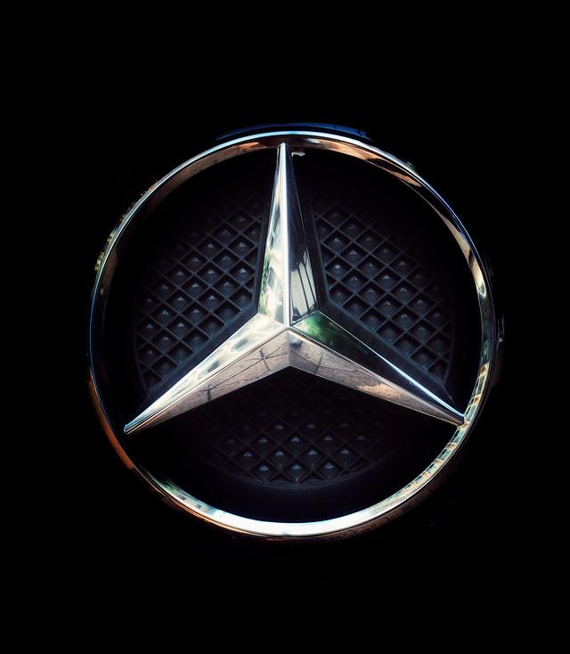 chrome-metallic-symbol-image-internet picture material