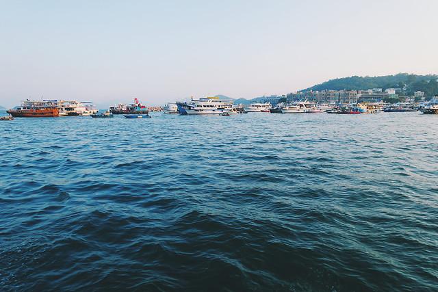 water-watercraft-sea-travel-boat 图片素材