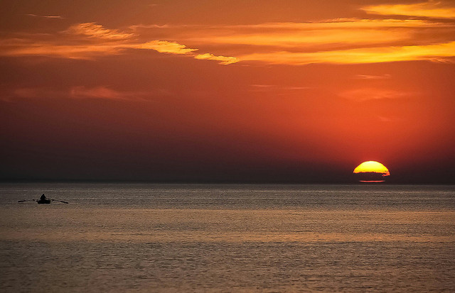 sunset-dawn-water-sea-sun picture material