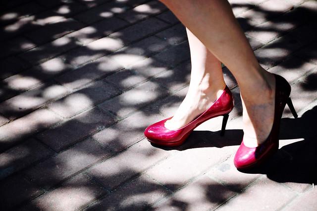 foot-shoe-footwear-street-girl picture material