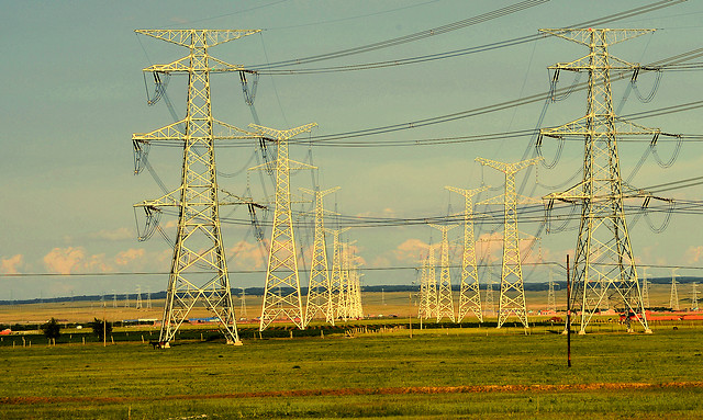 voltage-electricity-wire-power-distribution picture material