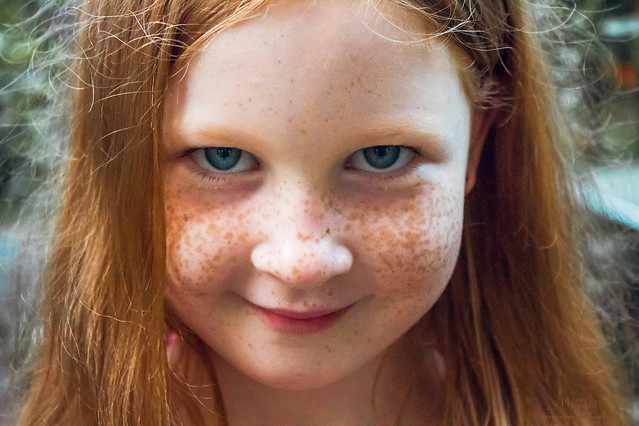 child-girl-portrait-freckle-face picture material