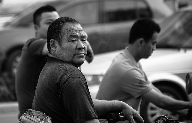 people-monochrome-adult-man-street picture material