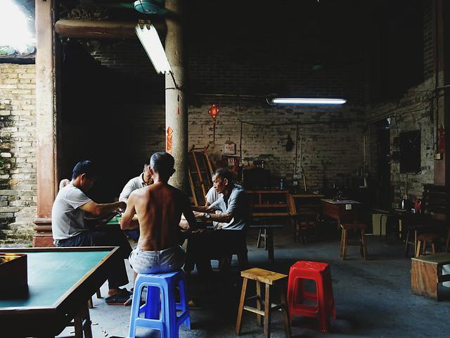 people-group-adult-bar-restaurant 图片素材