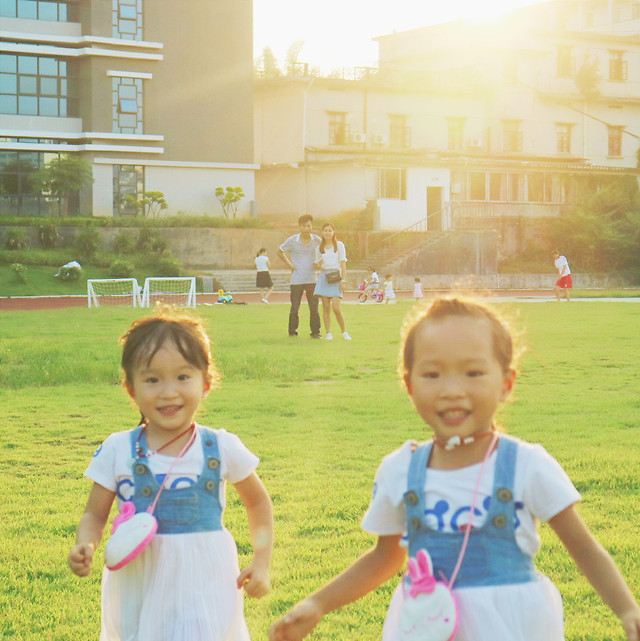 child-fun-happiness-family-girl 图片素材