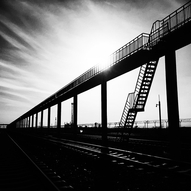 bridge-black-and-white-sky-monochrome-mobile-photography picture material