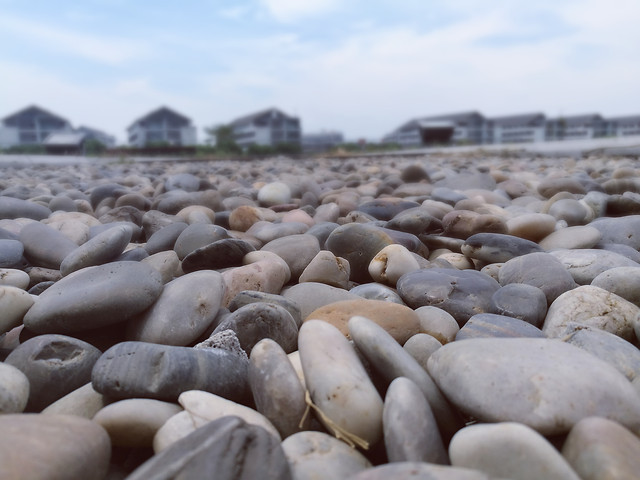 beach-seashore-nature-rock-sea 图片素材