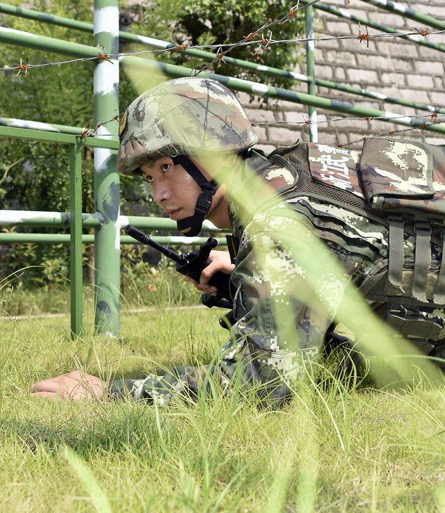 army-military-outdoors-camouflage-war 图片素材