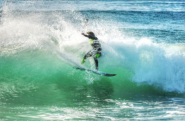 surf-splash-water-surfboarding-spray picture material
