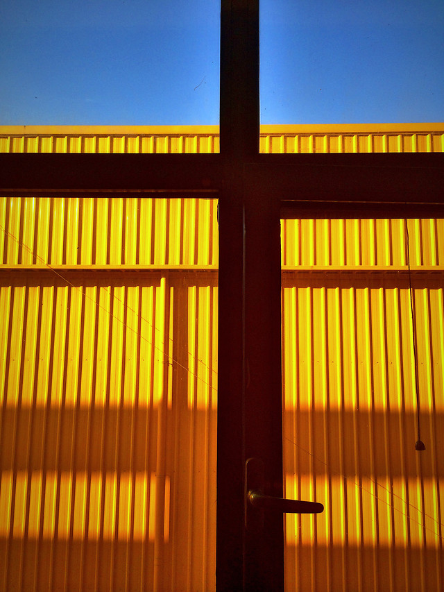 no-person-yellow-design-desktop-wood picture material