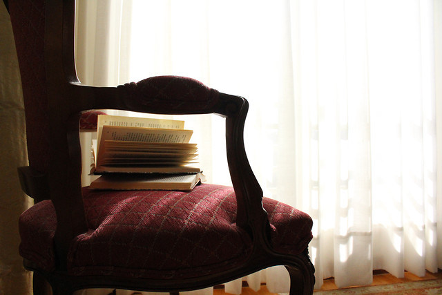 furniture-seat-indoors-chair-room picture material