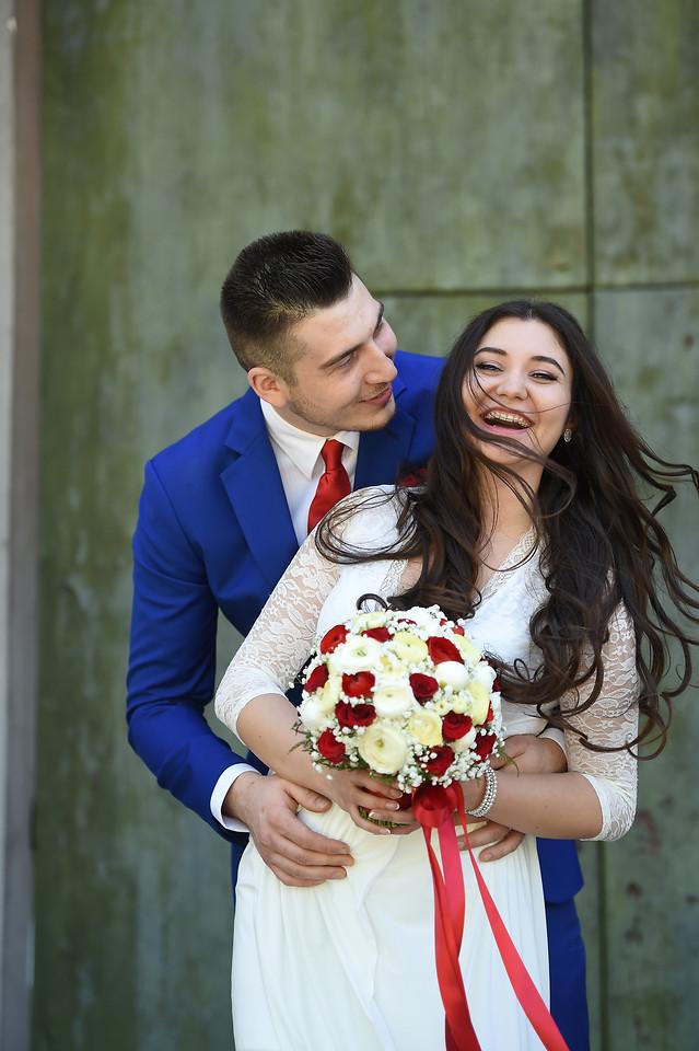 men-and-women-portrait-happy-bouquet-embrace picture material