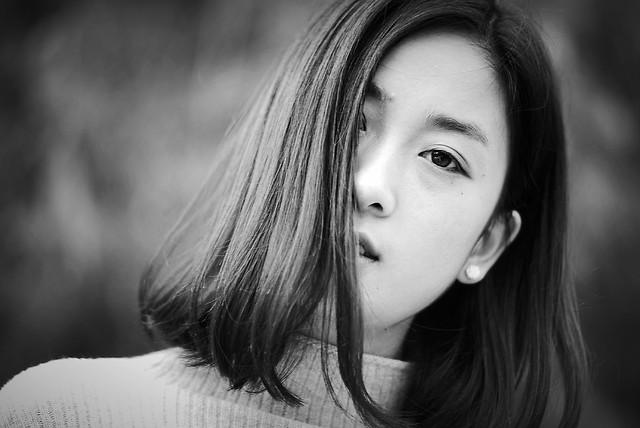 girl-portrait-monochrome-model-fashion picture material
