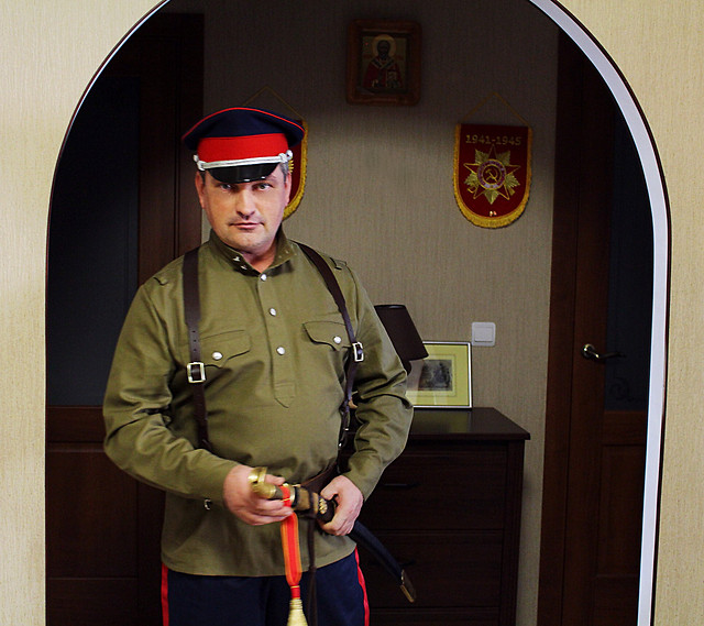 man-military-people-indoors-uniform picture material