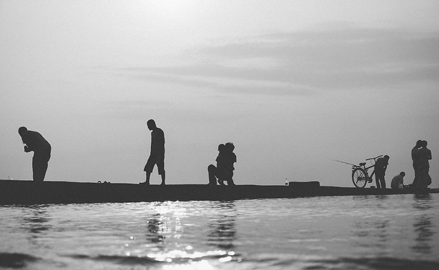 people-water-fisherman-beach-watercraft picture material