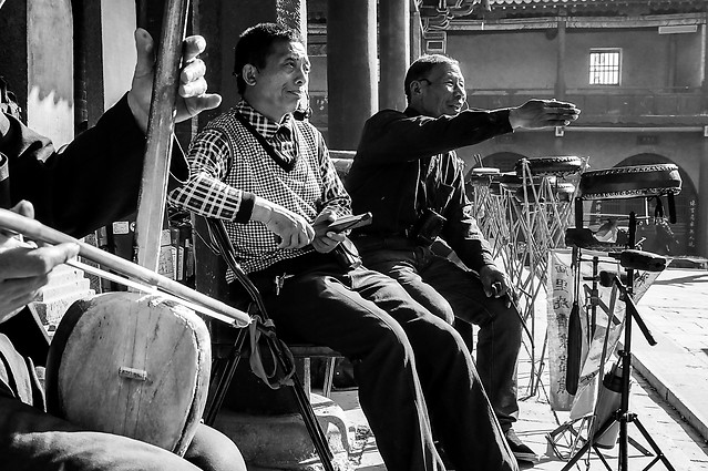 people-music-instrument-street-musician picture material