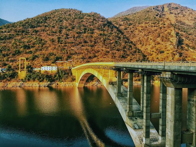 water-travel-bridge-no-person-landscape picture material
