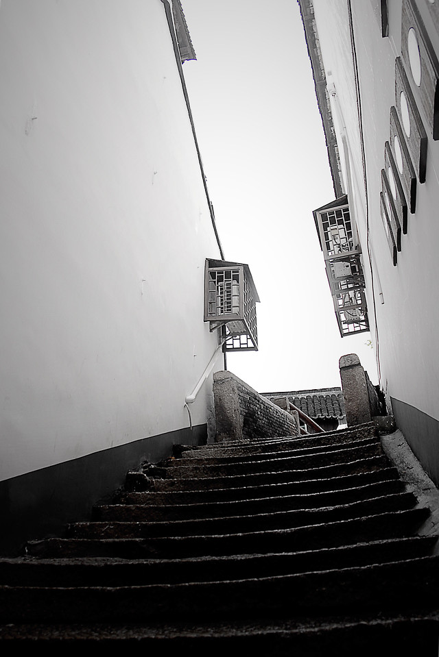 step-no-person-architecture-monochrome-white picture material