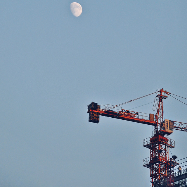 sky-no-person-industry-crane-high picture material