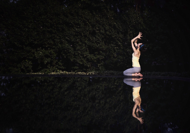 nude-people-balance-adult-ballet picture material