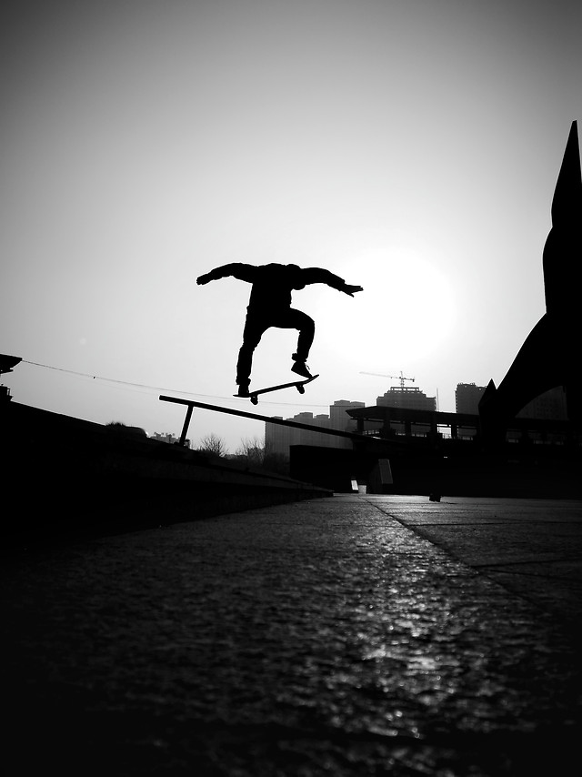 action-people-silhouette-balance-skateboard picture material
