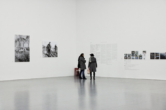 exhibition-room-people-business-man picture material