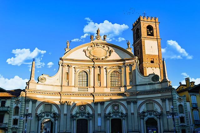 architecture-travel-city-church-building picture material