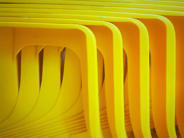 no-person-yellow-plastic-architecture-empty 图片素材