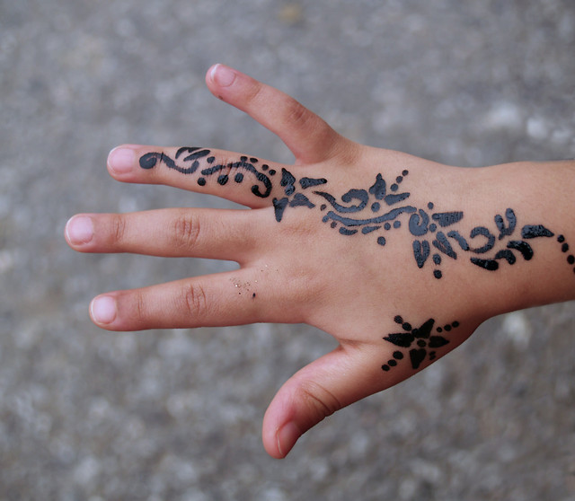 hand-woman-girl-nature-people picture material
