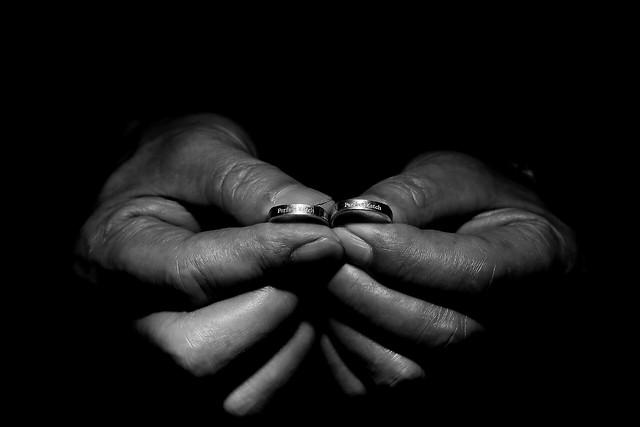 people-nude-love-monochrome-dark picture material