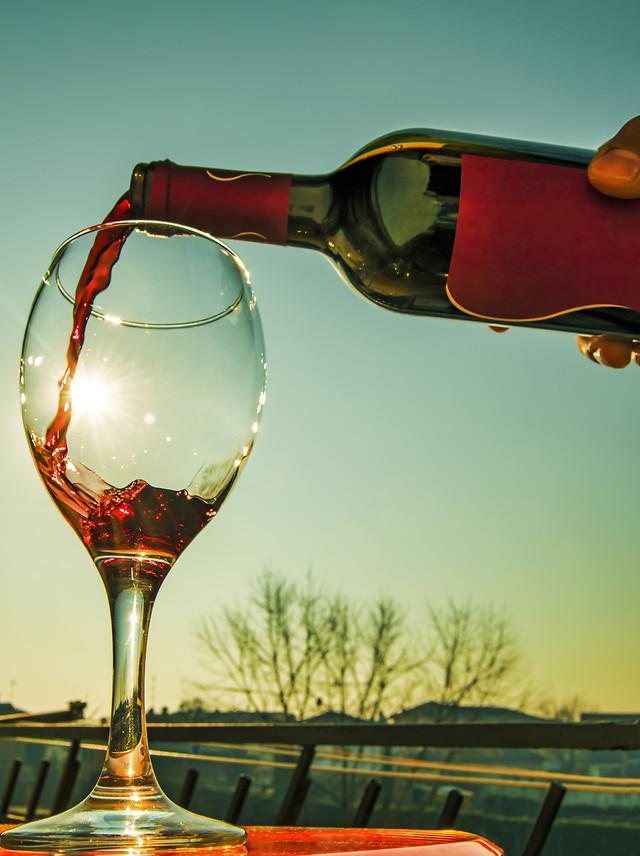 wine-glass-drink-alcohol-bottle 图片素材