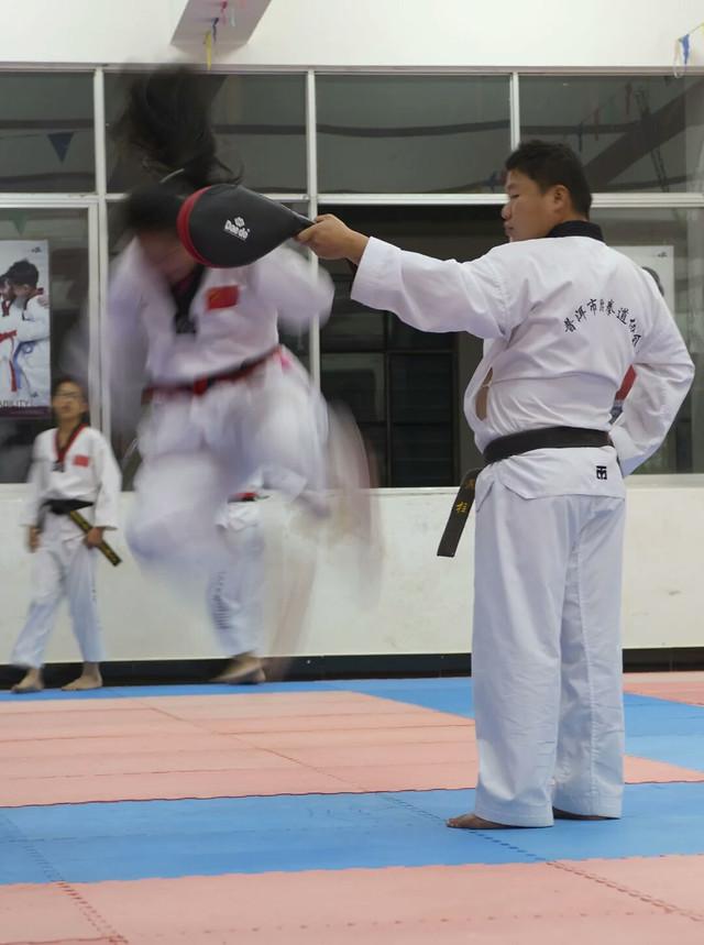karate-martial-kimono-judo-martial-arts picture material