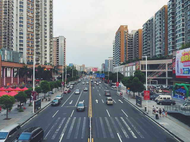 metropolitan-area-road-city-street-traffic 图片素材