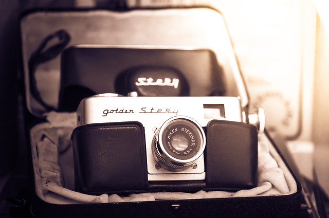 retro-lens-camera-equipment-classic picture material