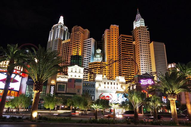 casino-hotel-architecture-city-evening picture material