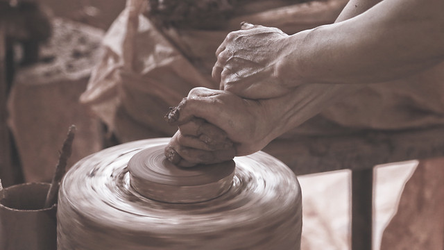 people-pottery-clay-artisan-mud picture material
