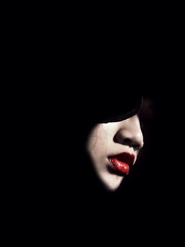 girl-portrait-dark-woman-people picture material