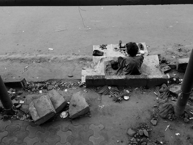 people-war-waste-adult-street picture material