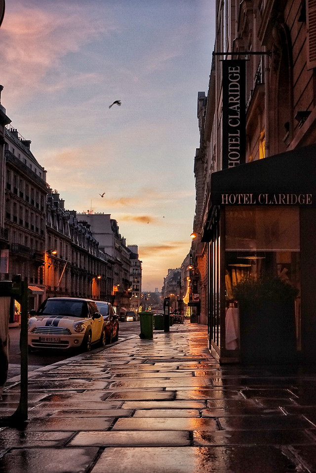 street-sky-city-architecture-travel picture material
