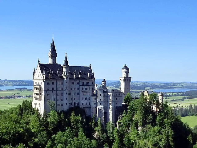 architecture-travel-gothic-castle-old picture material